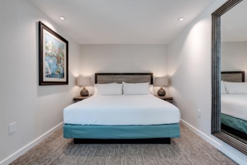 casey key marina hotel master bed