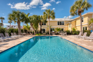 Resorts with pool facilities in Sarasota