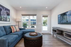escape-apartment-rentals-living-room