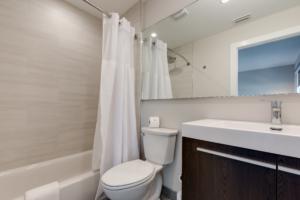escape-hotel-bathrooms