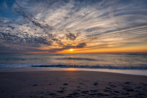 Hotel Beach Sunset Nokomis Resort - Escape