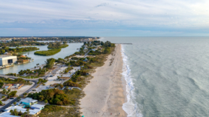 nokomis beach access hotel escape
